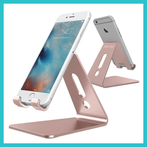 desktop+cell+phone+stand+elise+darma+gift+guide+entrepreneur